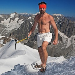 Wim Hof on Everest